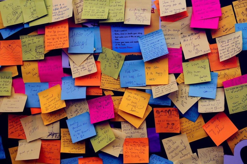 post it notes, sticky notes, note-1284667.jpg